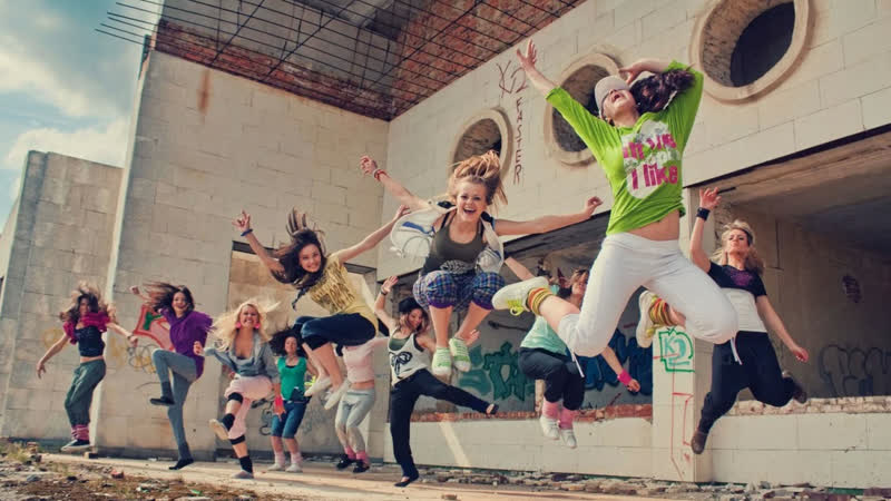 Brima Ft Yas - Throw My Hands Up (Remix)