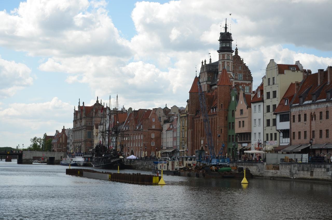 HXDEEljiisI Гданьск - северная столица Польши.