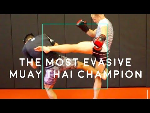 The MOST EVASIVE Muay Thai Champ's 8 BEST TACTICS (Lerdsila)