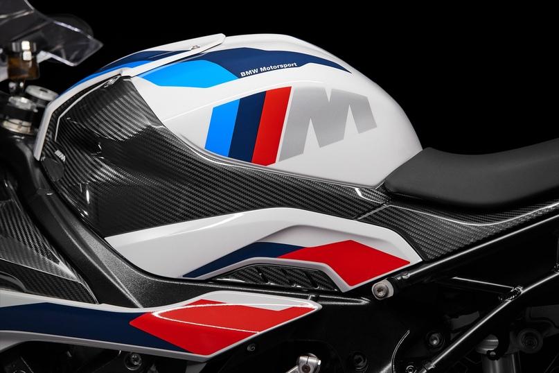 Супербайк BMW M1000RR 2021