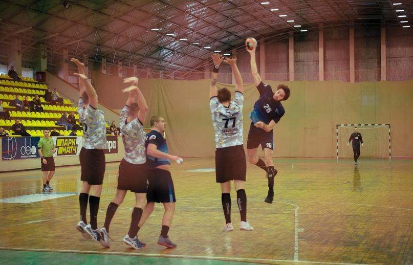 «Динамо» одержали сенсационную победу в матче с командой «Виктор», изображение №3