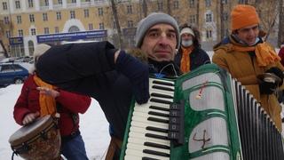 Харинама в Екатеринбурге с Арджуной Кришной дасом, . Winter harinams of Russia.