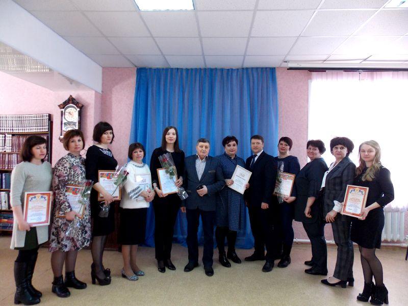 В день профессионального праздника культработники Петровского района получили заслуженные награды