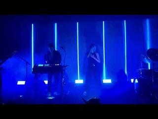 MØ – Turn My Heart To Stone (Live @ «Metro Theatre»)