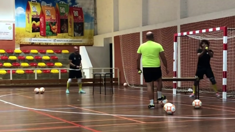 Futsal Goalkeeper Training - Reaction work with tables and tennis balls
