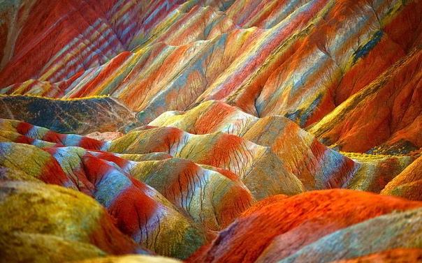 Путешествия. Цветныегоры Чжанъе Данься, Китай