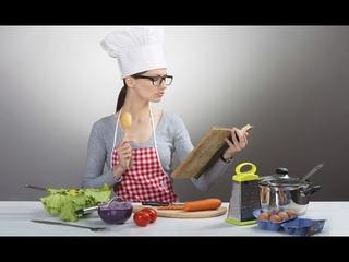 Шоу 1 Кухня:Перезагрузка ч.2 - 9 выпуск - Салат из сухариков и шпротов и мяса с овощами