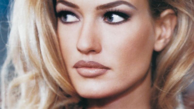 Back to the 90s Supermodel Karen Mulder