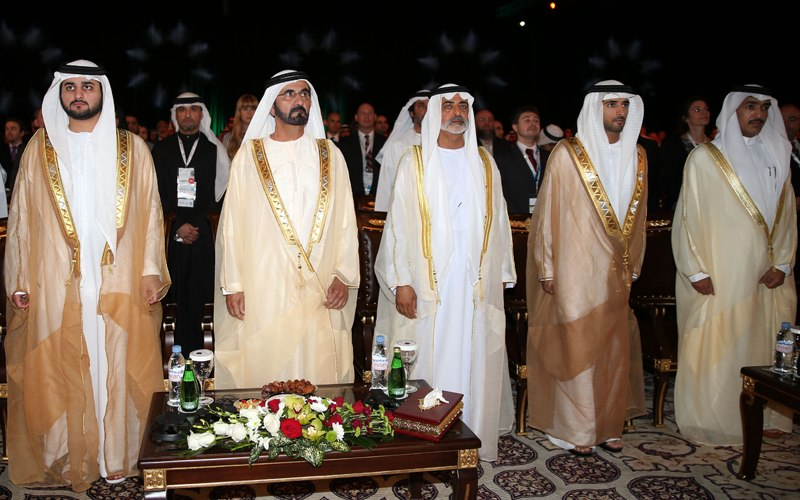 Положительные и отрицательные стороны жизни в Арабских Эмиратах