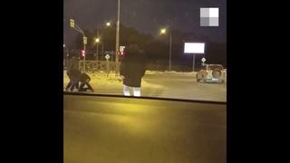Екатеринбург: автомобилисты устроили драку на Объездной