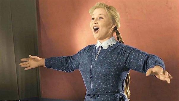 Неожиданная история песни «Калинка-малинка» Попробуйте, не задумываясь, назвать две главные русские народные песни. Что получилось «Калинка-малинка» раз... А вторая..На самом деле