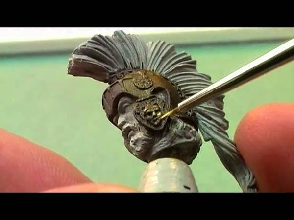 Peindre des métaux à lhuile sur figurines