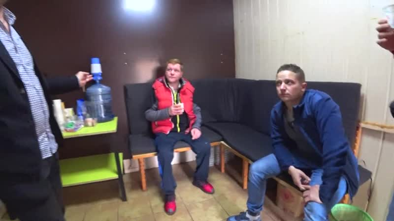Yura Vorozhko Бездомный Женя вернул кошелек что с ним стало Новая квартира Часть 4 Слово пацана