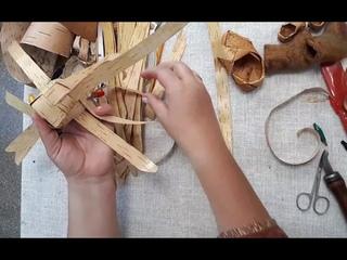. На протяжении 28 лет она  обучает  искусству плетения из бересты.  Наталья Витальевна Юдкина.