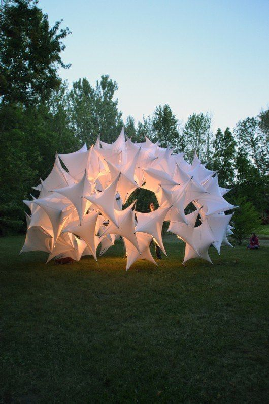 Students of Ball State Construct Parametric Tensegrity Structure for Local Art Fair