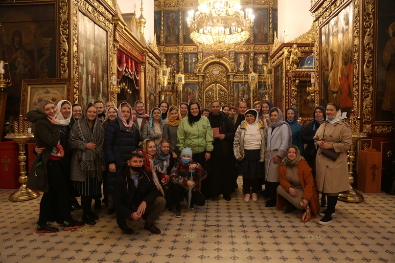 «Православные добровольцы» вместе с добровольцами кинокомпании «Союз Маринс Групп» совершили путешествие в исторические места Псковской области, изображение №11