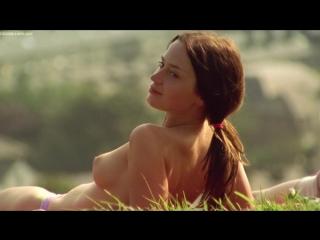 Эмили Блант (Emily Blunt) голая в фильме Мое лето любви (2004)