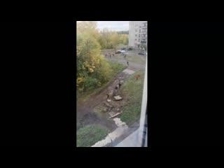 В Коркино школьники бегают по грязи, потому что нет спортзала