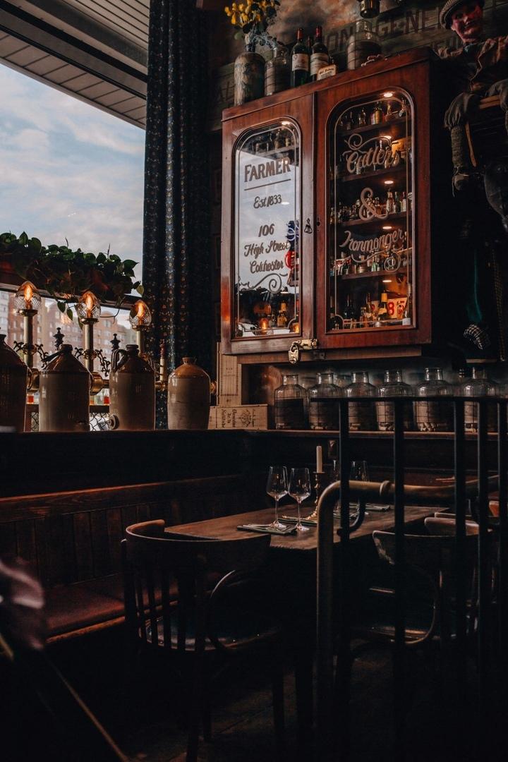 Новый винный бар Pharmacie на Ходынке