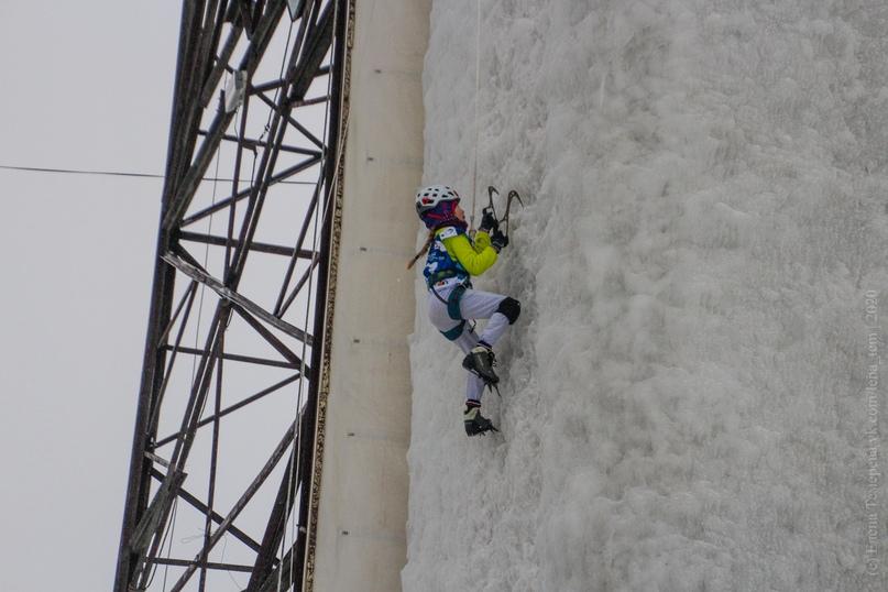 Главные отечественные ледолазные старты сезона финишировали в городе Кирове в минувшие выходные – чемпионат и первенство России по альпинизму. Всем было что доказывать и что терять…, изображение №26
