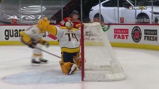 Chicago Blackhawks Comeback Brandon Hagel Scores 7th Goal of NHL Season against Nashville Predators