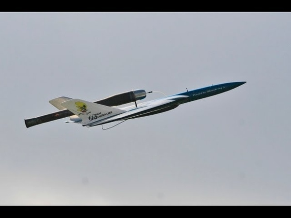 ① AMAZING 250 MPH RC PULSE JETS AT WESTON PARK RC MODEL AIRCRAFT SHOW - 2014