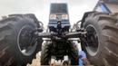 Синий трактор Беларус МТЗ-82.1 с мостом балочного типа лучший выбор сельхозпроизводителя и лесника