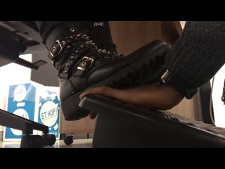20min of hand crush _ trample under Arianas (on phone) boots - candid 14