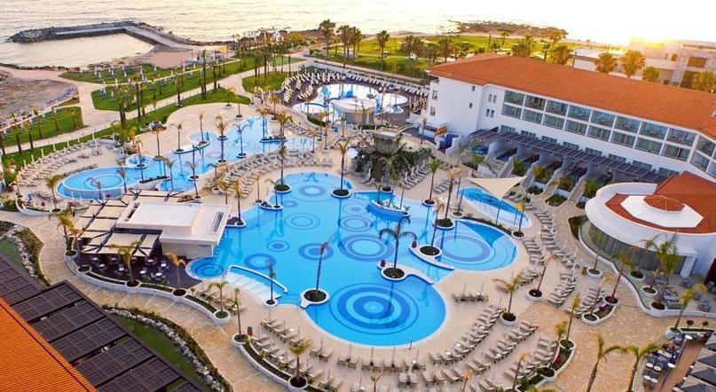 Топ 5 лучших отелей Кипра, изображение №3