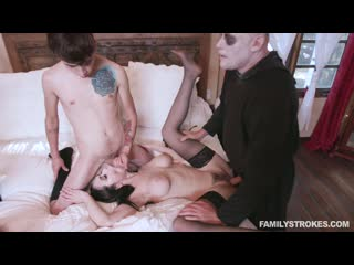 [LIL PRN] FamilyStrokes - Kate Bloom, Audrey Noir - Addams Family Orgy  1080p