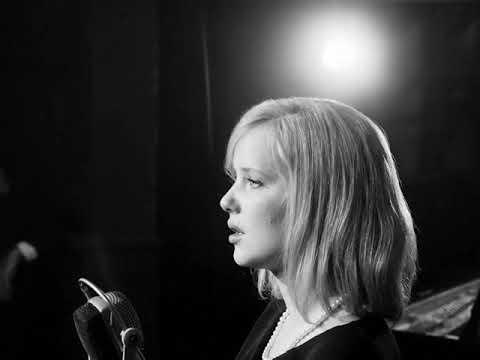 Joanna Kulig Dwa Serduszka song scene Zimna wojna Cold War Холодная война