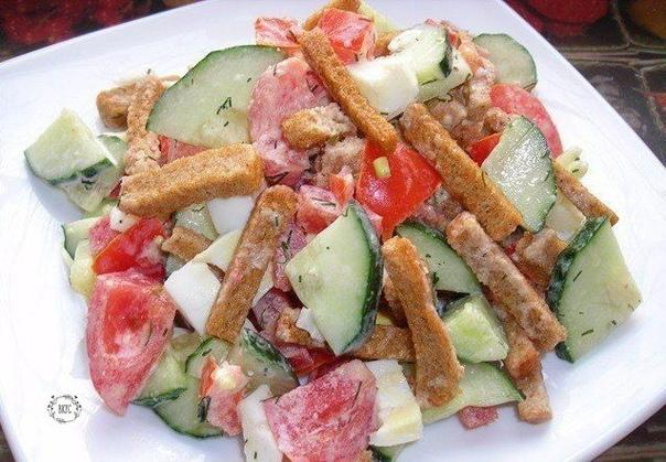 Подборка вкусных салатиков с сухариками.