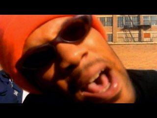 Cypress Hill feat. Erick Sermon, Redman, MC Eiht - Throw Your Hands In The Air