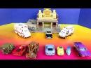 Disney Pixar Cars 2 London Playset With Lightning McQueen Mater Finn Mcmissile Lemons