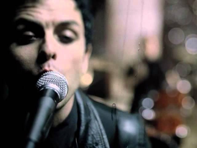 Green Day Boulevard Of Broken Dreams Official Video