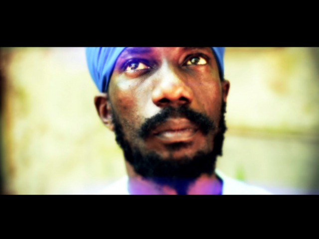 Sizzla I'm Living Official Video 2015
