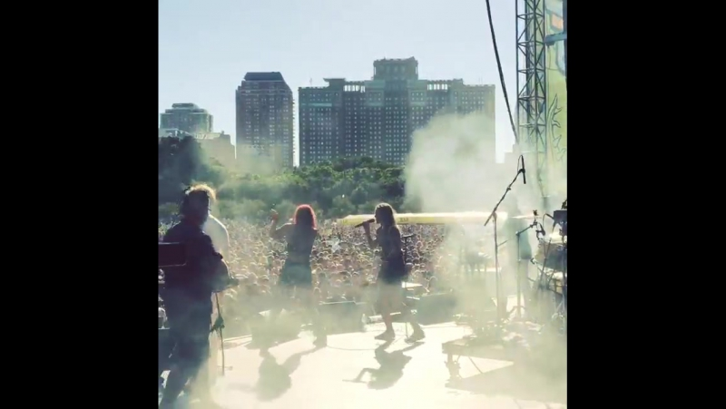 That moment when @tovelo comes onstage with @msmrsounds and blows the crowd's minds Lollapalooza Chicago