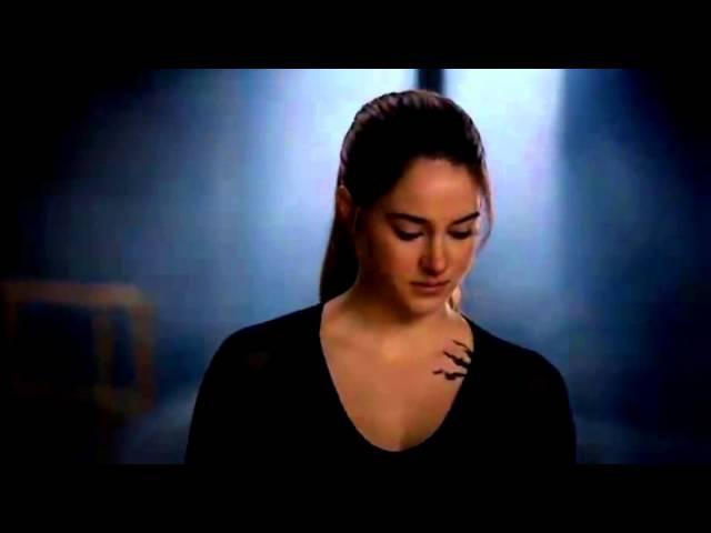 Divergent [Eric/Tris]