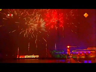 Amsterdam - New Years Eve Fireworks (2017) OFFICIAL