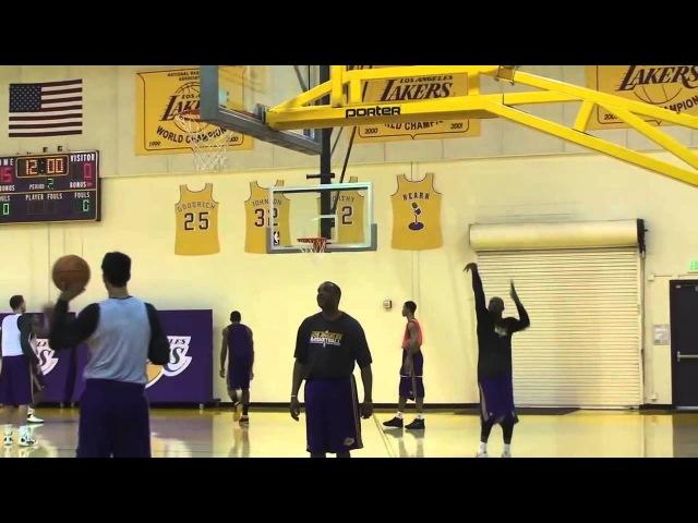 Бросковая тренировка Коби Брайанта 3 очковые броски . Throwing training Kobe Bryant 3 point shots