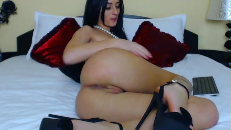 Spanish Seductress Jessica Goicoechea Showing Her Nude Body