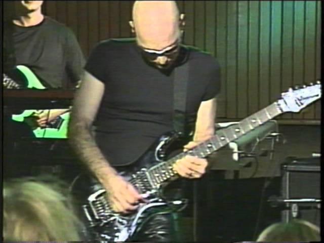 Joe Satriani 2 The Crush of Love live at Fantasy Studios in Berkeley Calif June 2000