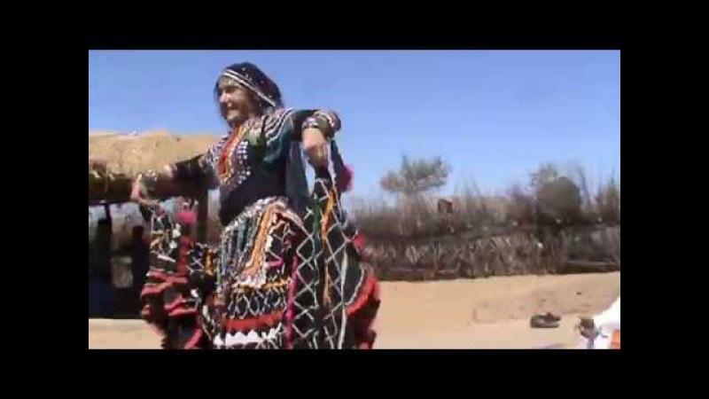 Rangila Langa Group with Judit Abraham: Kalbeliya dance at Thar desert