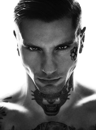 Сексуальные парни с татуировками