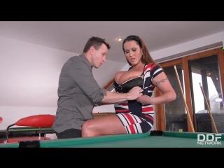 Laura Orsolya [Big natural tits sex porno HD]