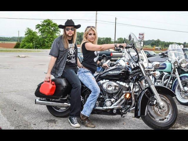 CHARLIE BONNET III aka CB3 - Hillbilly Rock Star (OFFICIAL VIDEO) - Southern Rock Classic Rock