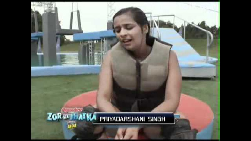 ✔Водное шоу 23 фев эпиз 17 часть 2 Zor Ka Jhatka Total Wipeout 2011 г