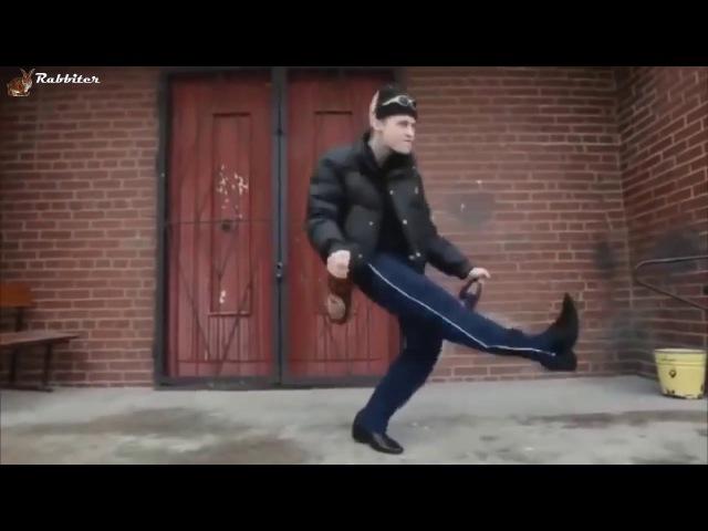 Колян Колян танцует лучше всех. Euro feat Singletown. Компиляция прикольных танцев под хит 90-х