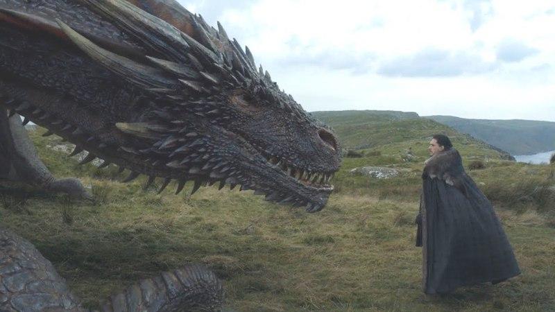 Jon Snow acaricia a Drogon Jorah Mormont se reencuentra con Daenerys Juego de Tronos Español HD