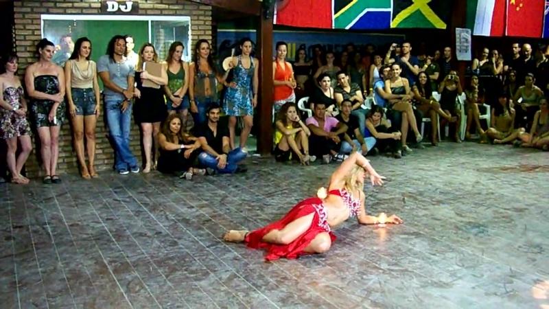 Catarina Dantas - Dança do Ventre - I Berg's Zouk Lambada Summer Festival International 2012.mp4